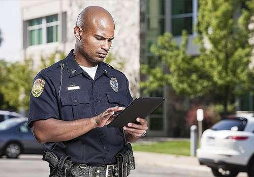 Gradonačelnica najavila ukidanje uredbe prema kojoj gradska policija treba da sarađuje sa imigracionim vlastima