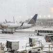Snežna mećava u Čikagu odložila na stotine letova!