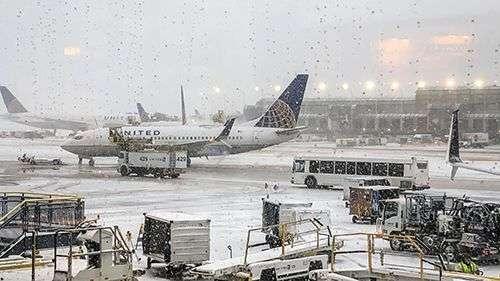 chicago glasnik sneg na aerodromu o hare