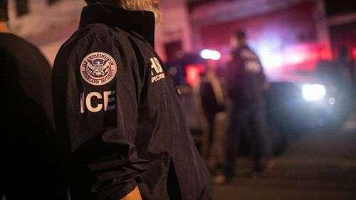 Tramp šalje agente granične policije u Čikago!