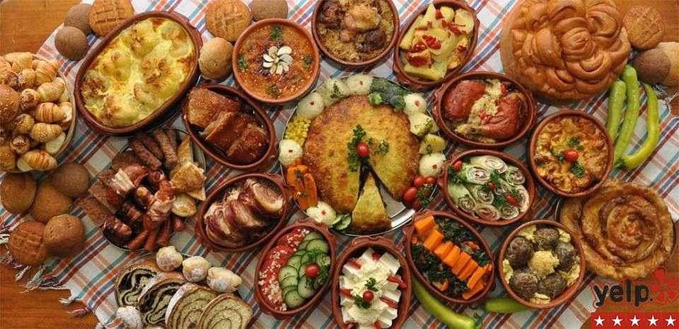 TOP 8 restorana balkanske kuhinje u Čikagu prema Yelp-u