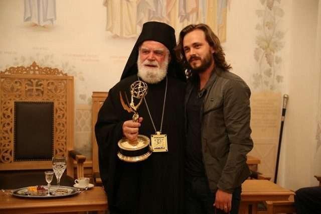 Holivudski glumac snimio pesmu o srpskim svetinjama na Kosovu i Metohiji