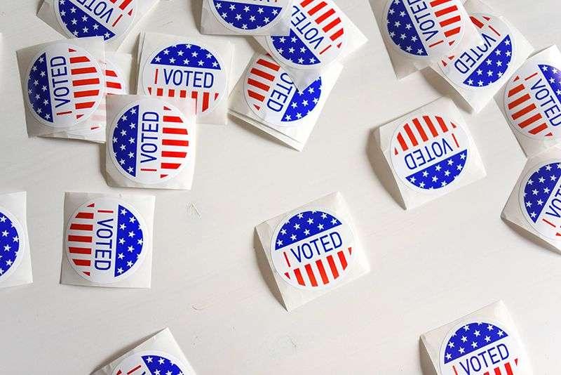 Od legalizacije droga do Ubera – Za šta su sve Amerikanci glasali na predsedničkim izborima