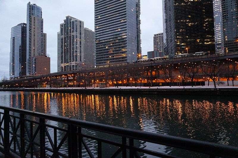 """Grad Čikago produžio uredbu za ostanak kod kuće (""""Stay at home"""") do 22. januara"""