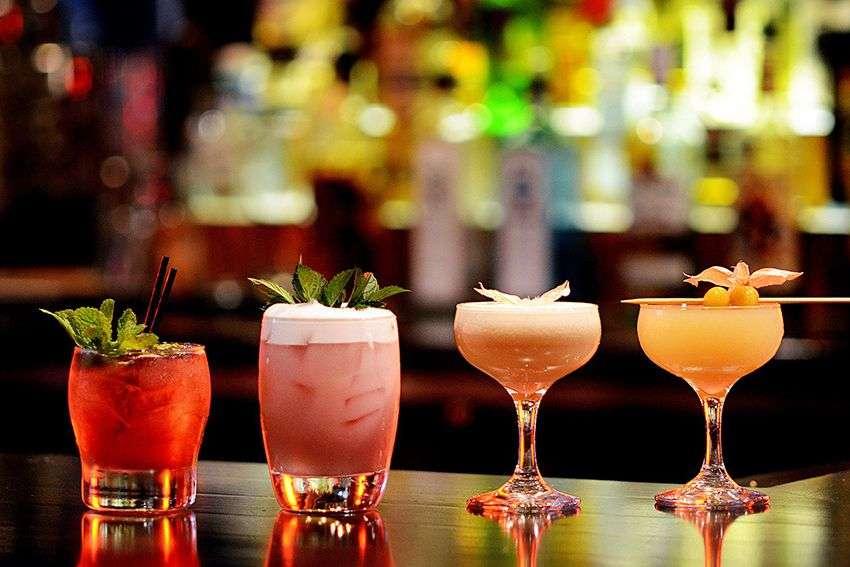 Zašto je starosna granica za konzumiranje alkohola u Americi 21.godina?