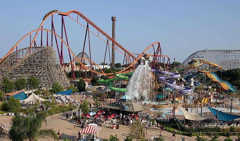 Kompanija Six Flags America ponovo otvara svoje parkove u Ilinoisu krajem Aprila