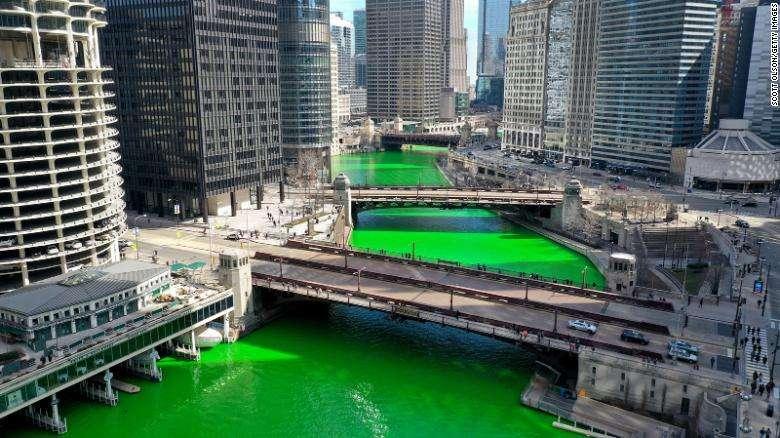 "Reka Čikago obojena u zeleno za ""Dan Svetog Patrika"""