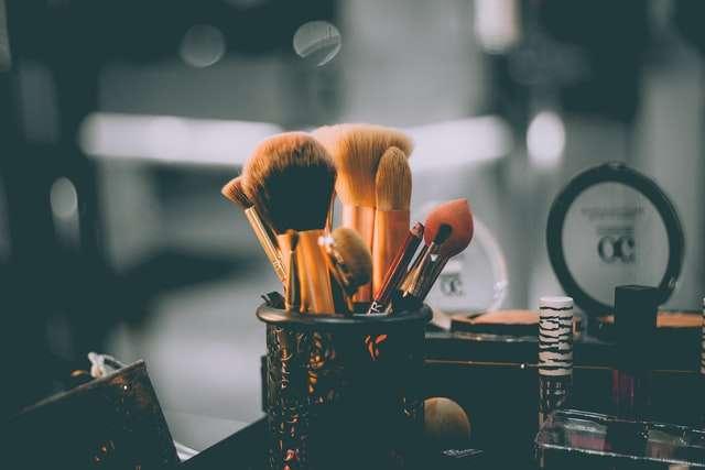 Polovina kozmetičkih proizvoda u Americi sadrži otrovne materije