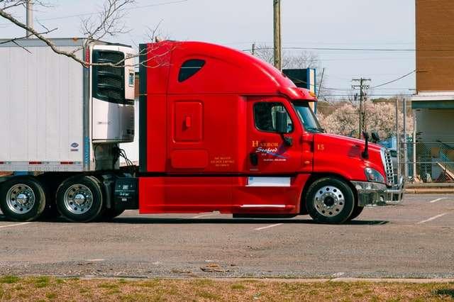 Kako postati vozač kamiona – sve što morate znati o jednom od najpoželjnijih poslova u Americi